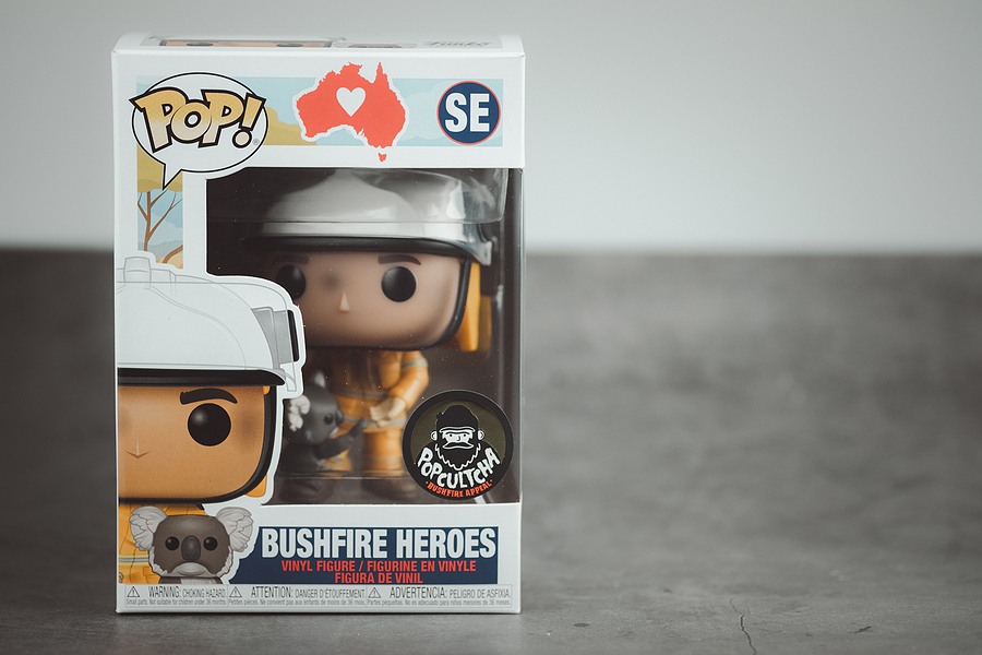Pop vinyl collection figure exclusive Bushfire Heroes Firefighter with Koala